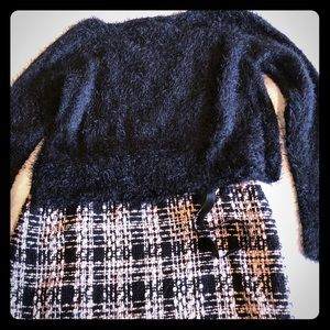 Pretty Cropped Black Fuzzy Sweater. NWT